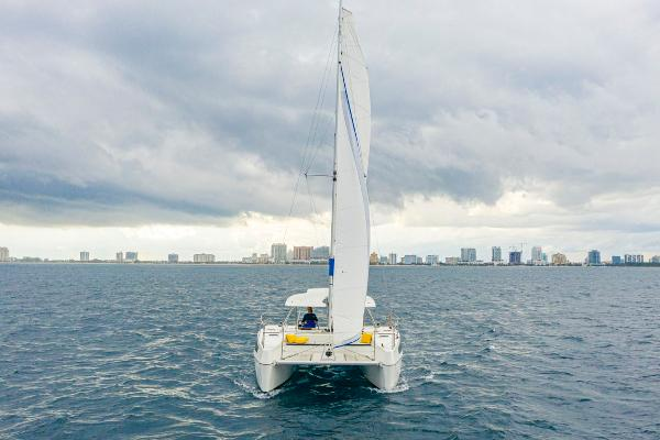 28' Smart Cat, Listing Number 100849249, - Photo No. 5