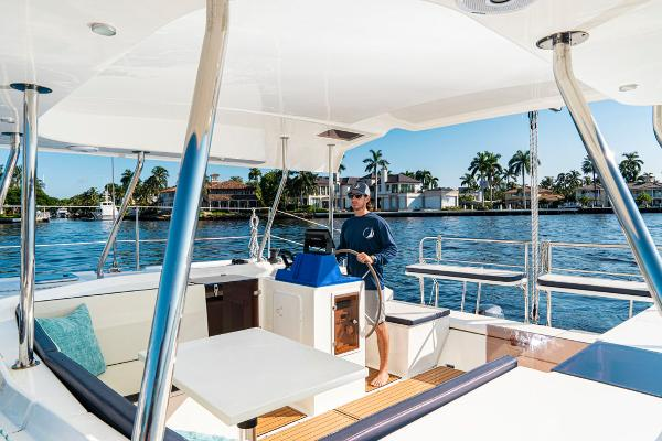 28' Smart Cat, Listing Number 100849249, - Photo No. 12