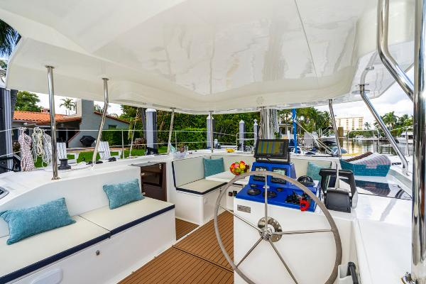 28' Smart Cat, Listing Number 100849249, - Photo No. 16