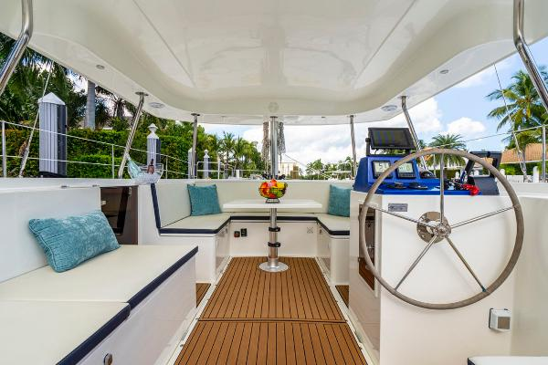 28' Smart Cat, Listing Number 100849249, - Photo No. 17