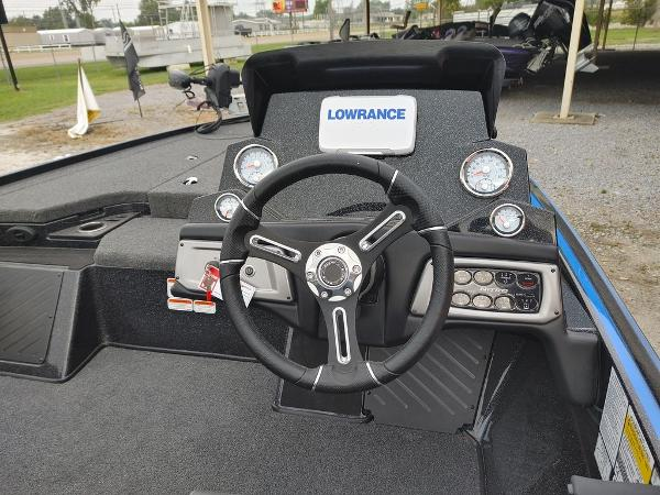 2021 Tracker Boats boat for sale, model of the boat is Nitro Z19 & Image # 20 of 24