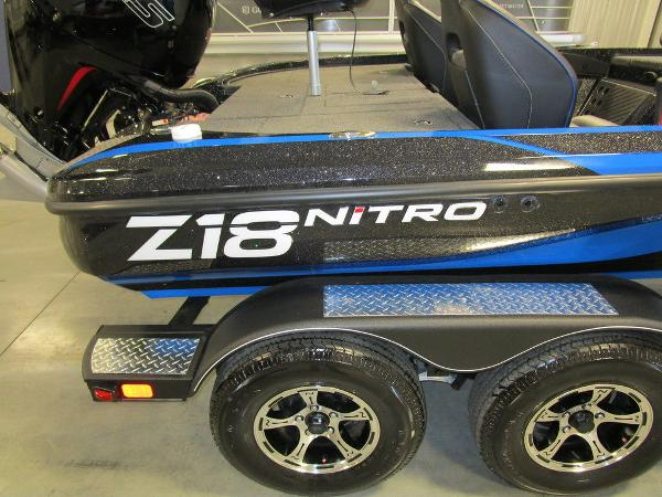 2021 Nitro boat for sale, model of the boat is Z18 Pro & Image # 9 of 41