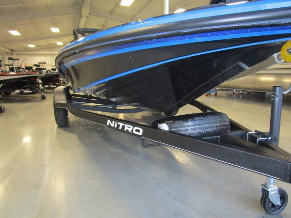 2021 Nitro boat for sale, model of the boat is Z18 Pro & Image # 16 of 41