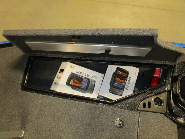 2021 Nitro boat for sale, model of the boat is Z18 Pro & Image # 17 of 41