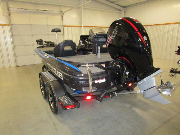 2021 Nitro boat for sale, model of the boat is Z18 Pro & Image # 24 of 41