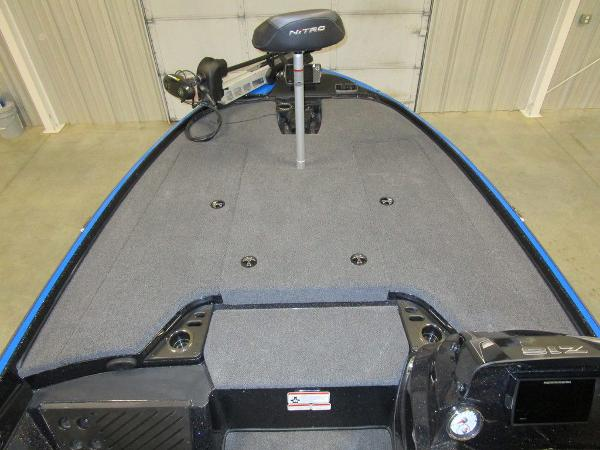 2021 Nitro boat for sale, model of the boat is Z18 Pro & Image # 29 of 41