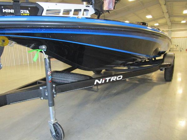 2021 Nitro boat for sale, model of the boat is Z18 Pro & Image # 38 of 41