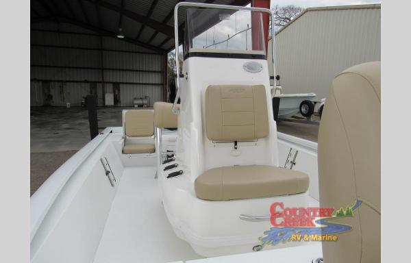 2021 Avid boat for sale, model of the boat is 19FS & Image # 3 of 11