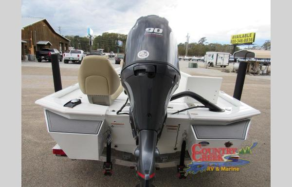 2021 Avid boat for sale, model of the boat is 19FS & Image # 5 of 11