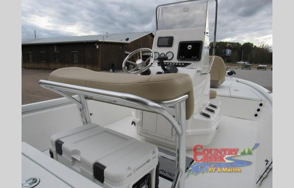 2021 Avid boat for sale, model of the boat is 19FS & Image # 8 of 11