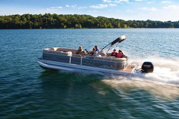 2020 Sun Tracker boat for sale, model of the boat is Party Barge 24 DLX & Image # 3 of 13