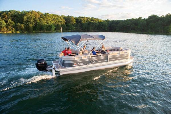 2020 Sun Tracker boat for sale, model of the boat is Party Barge 24 DLX & Image # 6 of 13