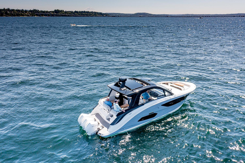 2021 Sea Ray Sundancer 370 OB