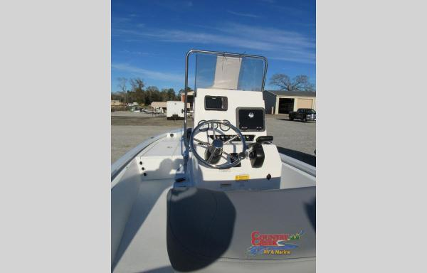 2021 Avid boat for sale, model of the boat is 19FS & Image # 5 of 10
