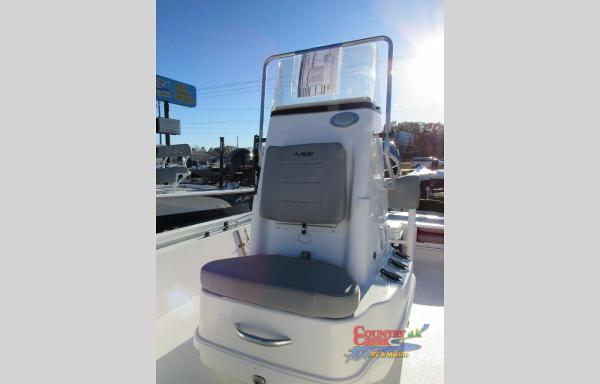 2021 Avid boat for sale, model of the boat is 19FS & Image # 8 of 10