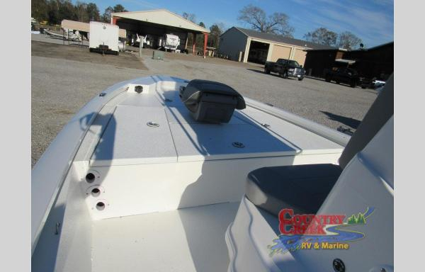 2021 Avid boat for sale, model of the boat is 19FS & Image # 9 of 10