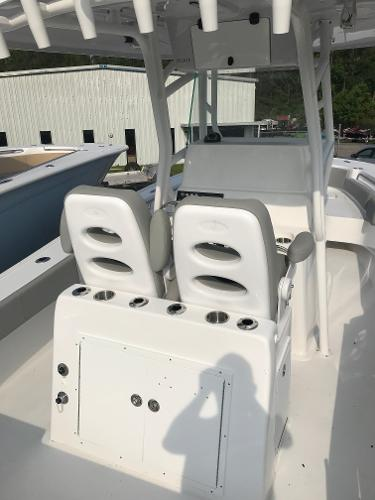 2019 Cape Horn boat for sale, model of the boat is 24 XS Clearance Pricing - NEW & Image # 5 of 11