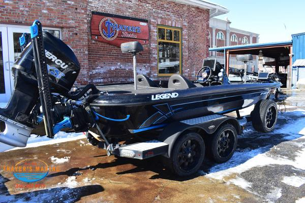 2014 Legend boat for sale, model of the boat is Alpha 211R & Image # 3 of 67