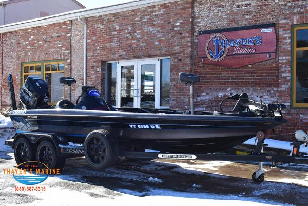 2014 Legend boat for sale, model of the boat is Alpha 211R & Image # 7 of 67