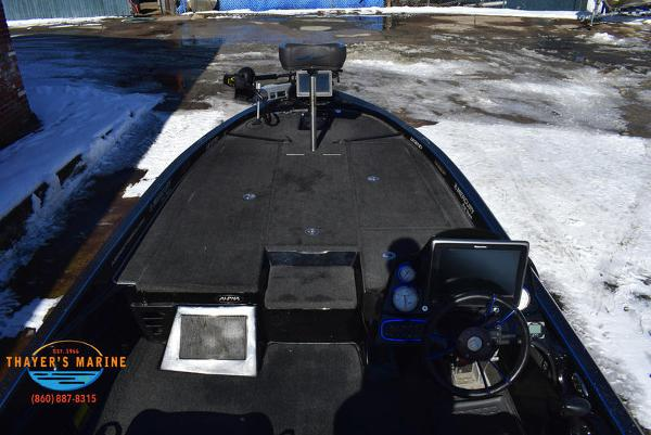 2014 Legend boat for sale, model of the boat is Alpha 211R & Image # 11 of 67