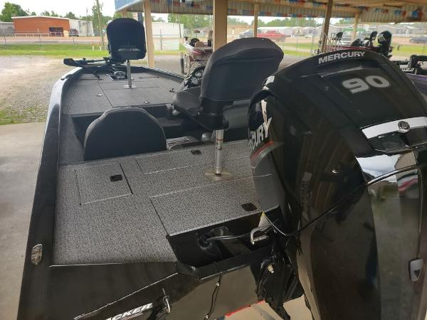 2021 Tracker Boats boat for sale, model of the boat is Pro Team™ 190 TX & Image # 5 of 7