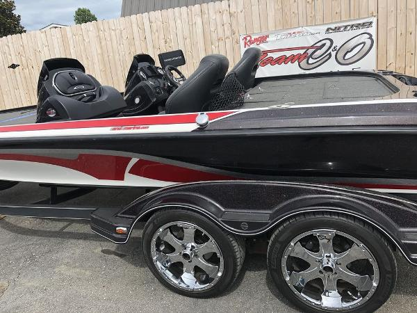 2017 Nitro boat for sale, model of the boat is Z20 & Image # 6 of 25