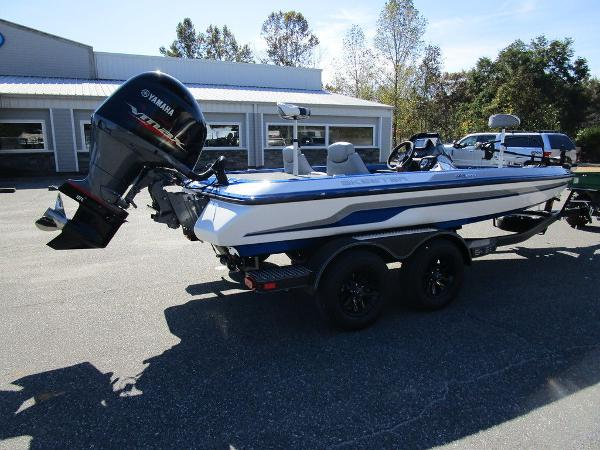 2021 Skeeter boat for sale, model of the boat is ZX150 & Image # 4 of 51