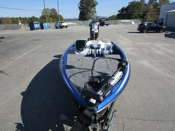 2021 Skeeter boat for sale, model of the boat is ZX150 & Image # 5 of 51