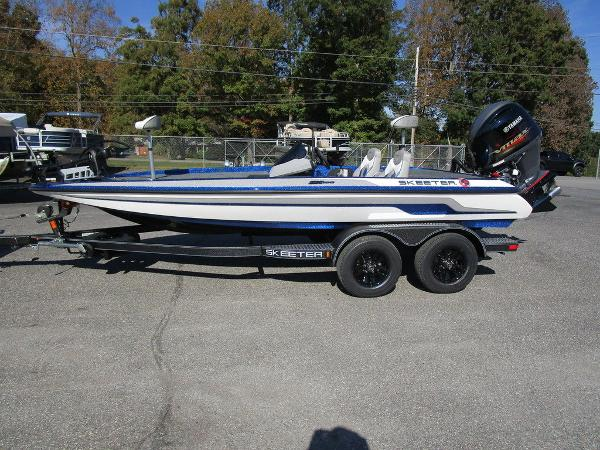 2021 Skeeter boat for sale, model of the boat is ZX150 & Image # 9 of 51