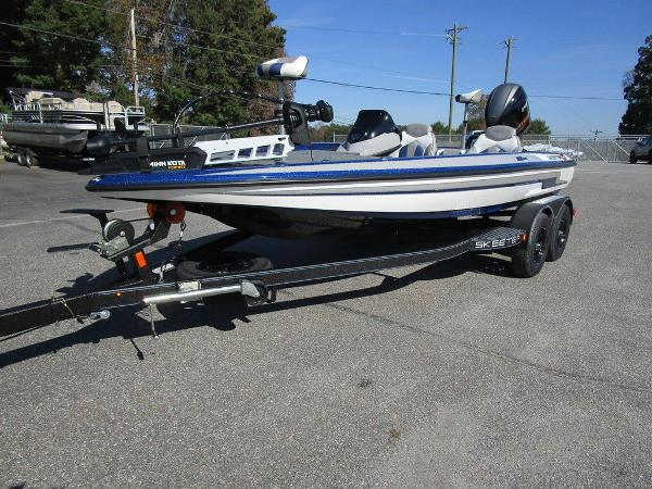 2021 Skeeter boat for sale, model of the boat is ZX150 & Image # 10 of 51