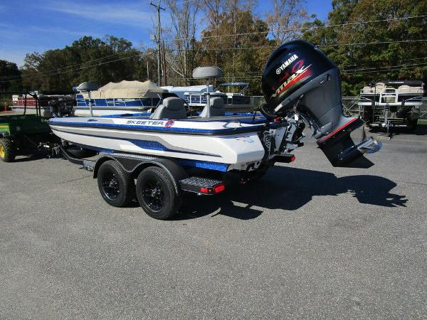 2021 Skeeter boat for sale, model of the boat is ZX150 & Image # 17 of 51