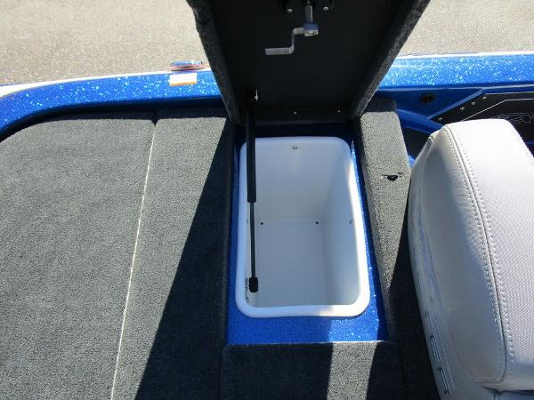 2021 Skeeter boat for sale, model of the boat is ZX150 & Image # 39 of 51