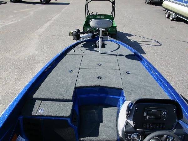 2021 Skeeter boat for sale, model of the boat is ZX150 & Image # 43 of 51