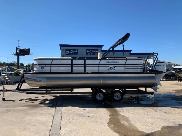 2021 XCURSION PONTOONS 245 RFX