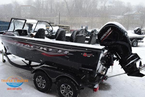 2021 Tracker Boats boat for sale, model of the boat is Targa™ V-18 Combo & Image # 2 of 47