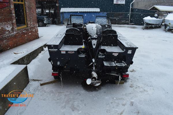 2021 Tracker Boats boat for sale, model of the boat is Targa™ V-18 Combo & Image # 6 of 47