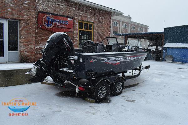 2021 Tracker Boats boat for sale, model of the boat is Targa™ V-18 Combo & Image # 9 of 47