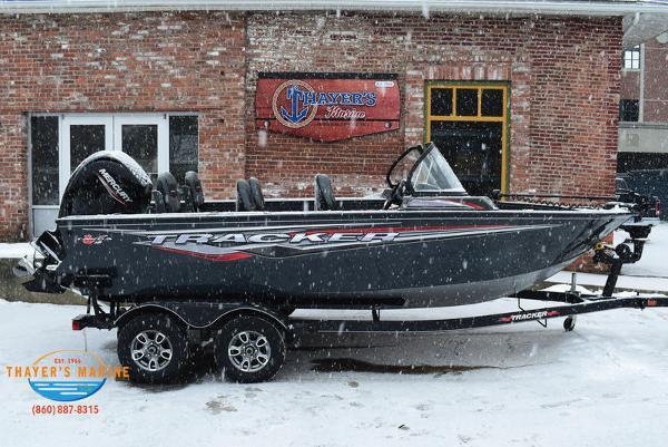 2021 Tracker Boats boat for sale, model of the boat is Targa™ V-18 Combo & Image # 13 of 47