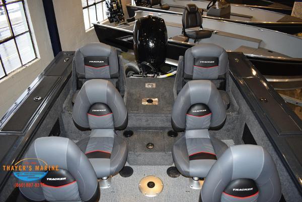 2021 Tracker Boats boat for sale, model of the boat is Targa™ V-18 Combo & Image # 31 of 47