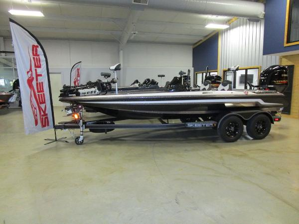 2021 Skeeter boat for sale, model of the boat is ZX200 & Image # 2 of 44