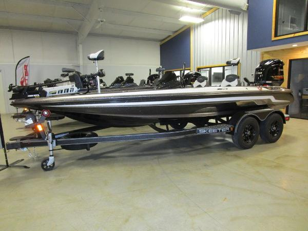 2021 Skeeter boat for sale, model of the boat is ZX200 & Image # 1 of 44