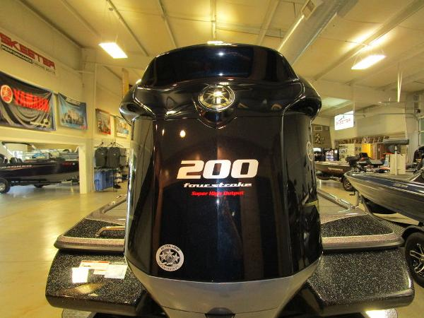 2021 Skeeter boat for sale, model of the boat is ZX200 & Image # 7 of 44
