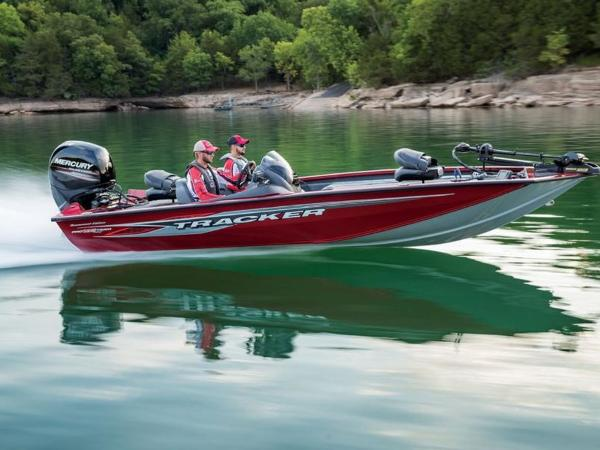 2021 Tracker Boats boat for sale, model of the boat is Pro Team™ 195 TXW Tournament Ed. & Image # 1 of 1