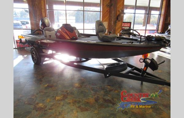 2021 Avid boat for sale, model of the boat is 18XB & Image # 2 of 8