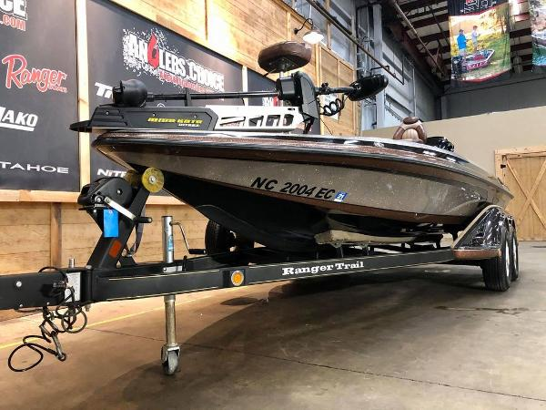 2011 Ranger Boats boat for sale, model of the boat is Z519 & Image # 2 of 18