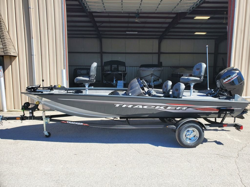 2021 Tracker Boats boat for sale, model of the boat is Pro Team 175 TF® & Image # 1 of 12
