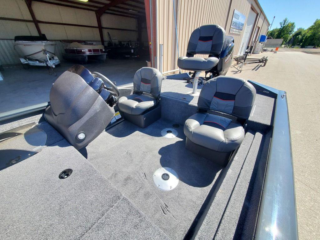 2021 Tracker Boats boat for sale, model of the boat is Pro Team 175 TF® & Image # 4 of 12