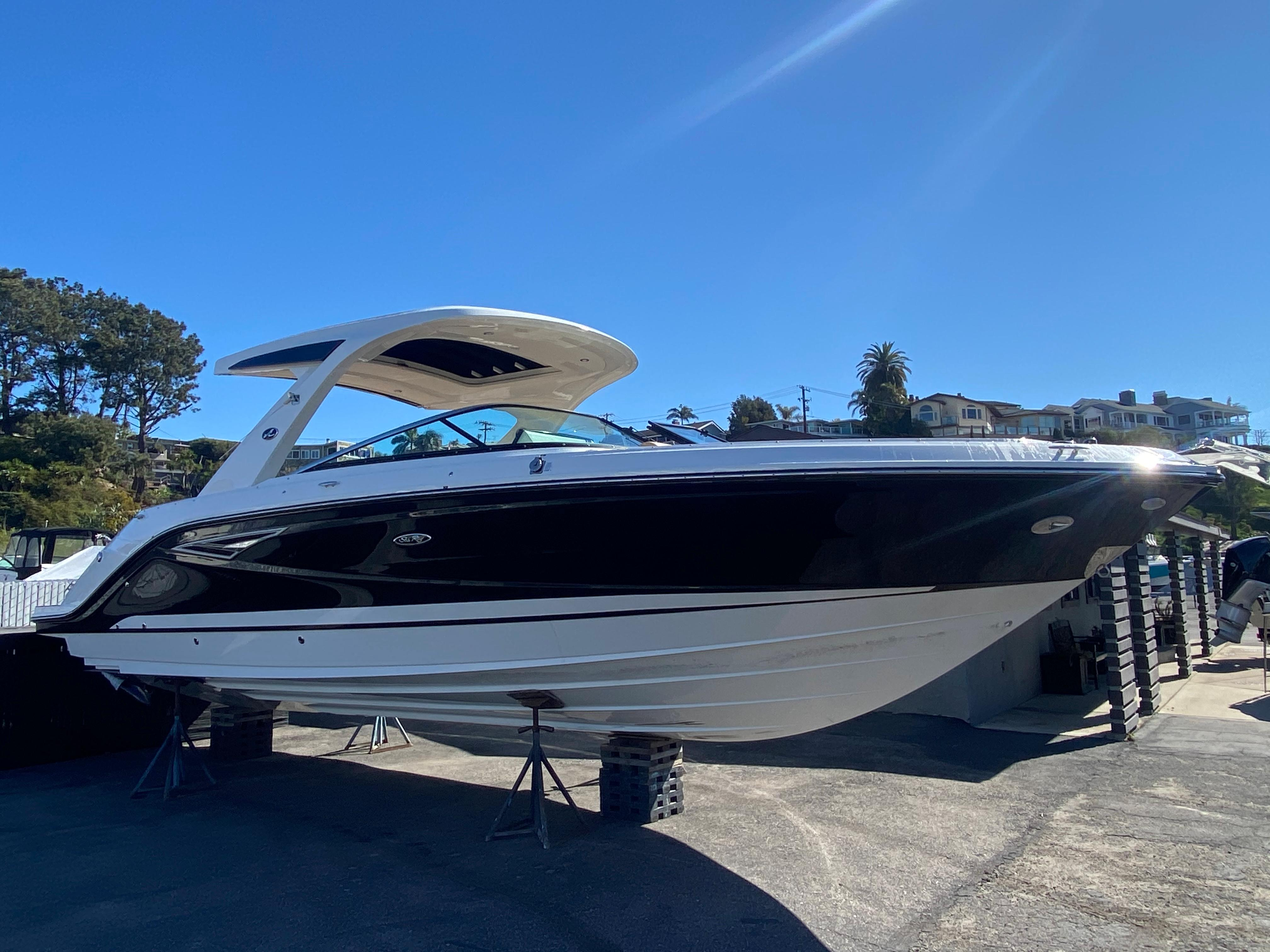 2021 Sea Ray SLX 310 #S1823A inventory image at Sun Country Coastal in Newport Beach