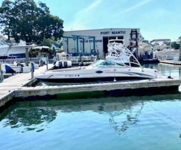 2003 Sea Ray boat for sale, model of the boat is 240 Sundeck & Image # 3 of 12