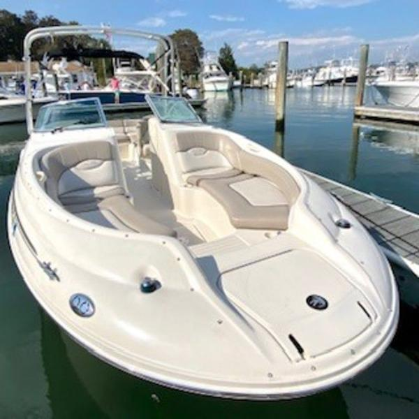 2003 Sea Ray boat for sale, model of the boat is 240 Sundeck & Image # 10 of 12